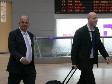 אבי לוזון ואורי שילה. יצאו לפאריס (רועי גלדסטון) (צילום: מערכת ONE)