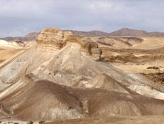 טיול במדבר יהודה: נוף מדברימצוק תמרור (יח``צ: ערן גל-אור)