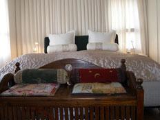 חדר שינה 2 - עיצוב רומנטי (צילום: אמיר גלעדי)