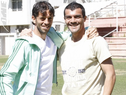 """קרלוס צ´קאנה וקובי חסן. &""""ראו על הפנים שהם קטסטרופה&"""" (אלעד ירקון) (צילום: מערכת ONE)"""