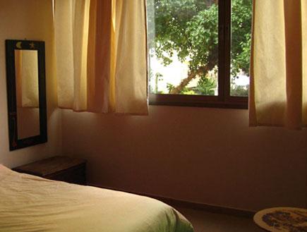 חדר שינה אחרי שיפוץ 3 - עינת פלגי (צילום: עינת פלגי)