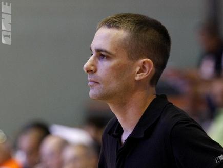 מאמן אשדוד אלון מודל (שי לוי)