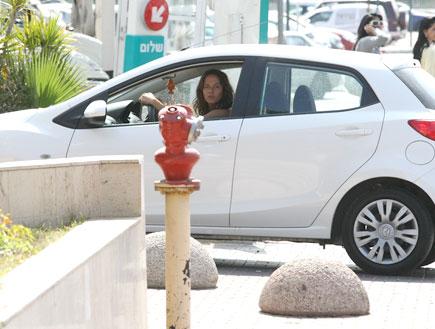 מרינה קבישר חזרה לארץ מהפיליפינים (צילום: אלעד דיין)