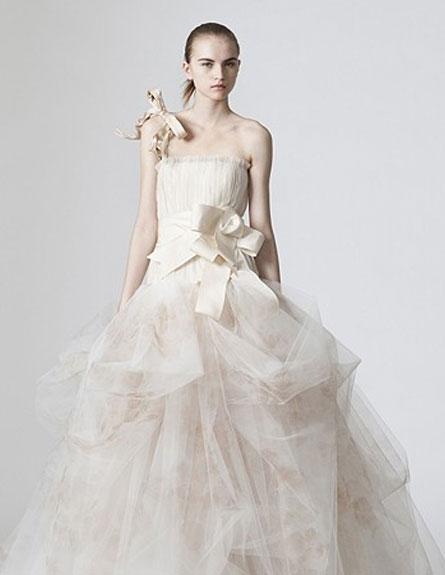 שמלת כלה תפוחה של ורה וונג