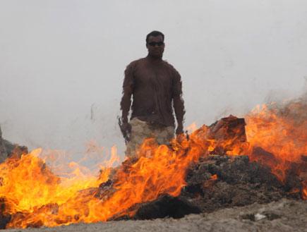 חייל בקו האש (צילום: Matt Cardy, GettyImages IL)