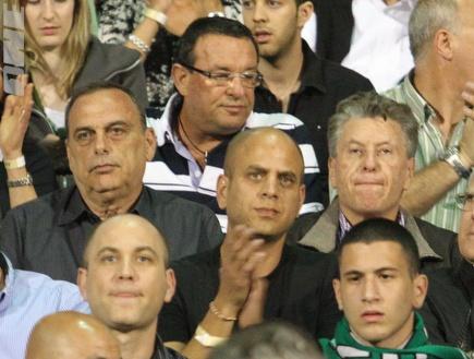 אברהם גרנט במשחק העונה בין חיפה להפועל (עמית מצפה) (צילום: מערכת ONE)