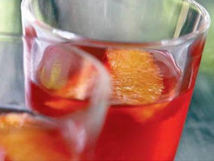 ג'לי קמפרי ותפוזים (צילום: מיכל לנרט, גלובס)