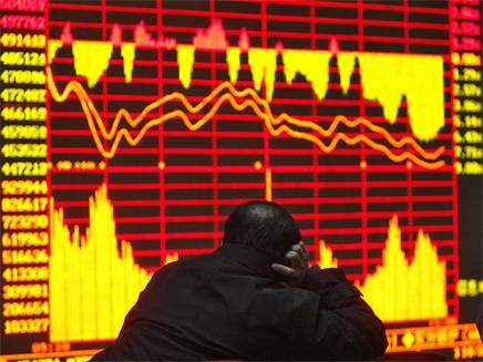ירידות שערים בבורסה (צילום: רויטרס)