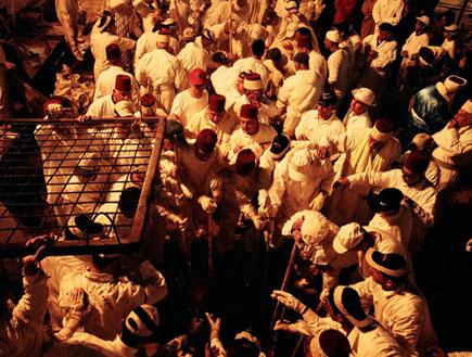 זבח הפסח בהר גריזים (צילום: אמנון כפיר)