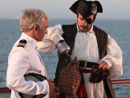 אסי כהן ומריאנו על סיפון אוניה