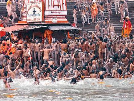 """הודו, גנגס, קומבה מלה (צילום: אריק ברא""""ז, גלובס)"""