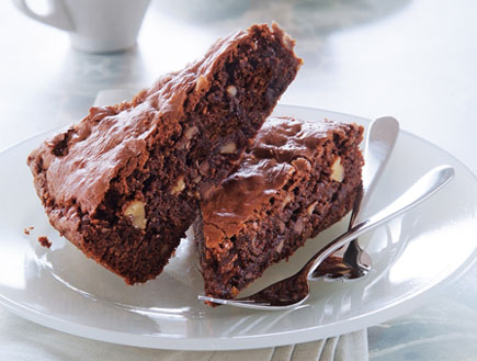 עוגת שוקולד ואגוזים ברגע (צילום: פיליפ מטראי,  יחסי ציבור )