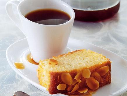 עוגת שקדים ולימון (צילום: פיליפ מטראי,  יחסי ציבור )