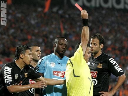 איינוגבה מורחק בגמר הגביע וייחסר מהמשחק מול חיפה (שי לוי) (צילום: מערכת ONE)