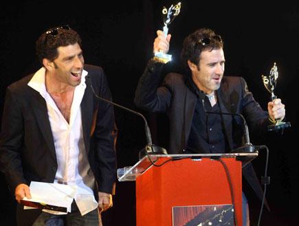 זהר שטראוס ויוסי מרשק - טקס פקסי תאטרון 2010 (צילום: עודד קרני)
