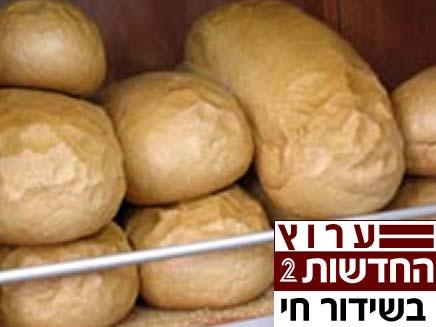פשיטה למפעל אנג'ל בירושלים (צילום: גלובס)