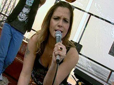 הזמרת שורטי (צילום: חדשות 2)