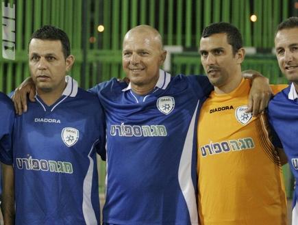 שחקני העבר בתמונה קבוצתית (דרור עינב)