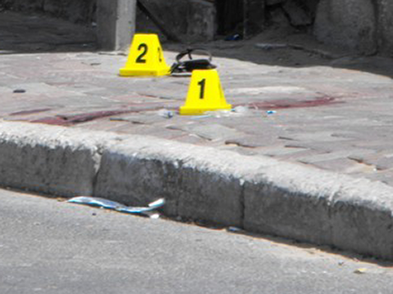 זירת הרצח, היום באשדוד (צילום: אשדוד נט)