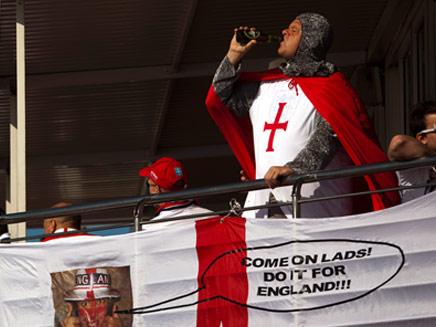 הטסטוסטרון ירד אצל אוהדי אנגליה? (צילום: AP)