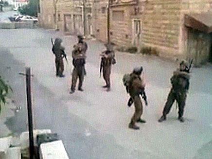 חיילים רוקדים מקפלות (צילום: חדשות 2)