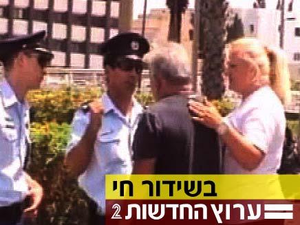זירת האירוע בתל אביב. הצטרפו לשידור החי (צילום: חדשות 2)