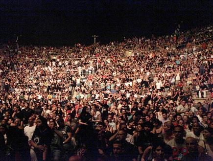 היהודים בקיסריה, קהל (צילום: נועה מגר)