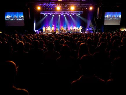 דוויזל זאפה הופעה 2 (צילום: עידו קליר)