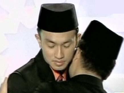 מי רוצה להיות מוסלמי אדוק? (צילום: חדשות 2)