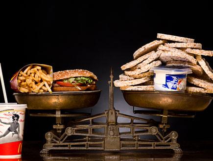 על המשקל: מק רויאל מול פריכיות