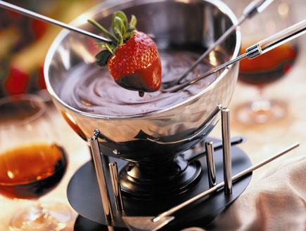 קרם פרנג'יפאנה בשוקולד (צילום: istockphoto)