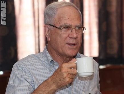 נשיא מכבי חיפה, יעקב שחר. יכול לסלוח? (עמית מצפה) (צילום: מערכת ONE)