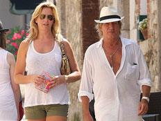 רוד סטוארט ואשתו (צילום: MailOnline)