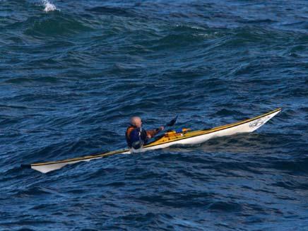 חיפושים נרחבים אחרי גבר נעדר בים. אילוסטרציה (צילום: AP)