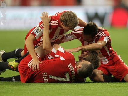 באיירן מינכן חוגגת ניצחון ליגה ראשון (GettyImages) (צילום: מערכת ONE)