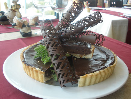פאי שוקולד ואגוזים (צילום:  יחסי ציבור )