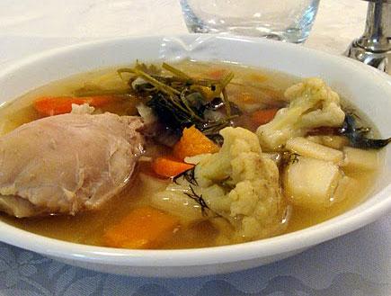 מרק עוף קלאסי (צילום: תומר פרת)