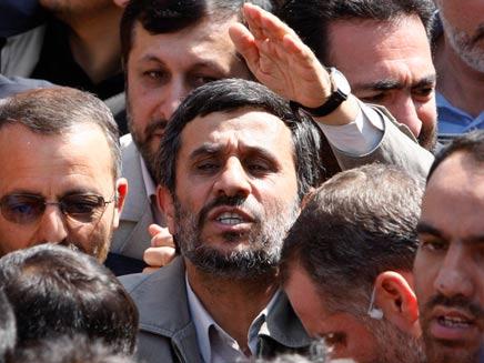 תאונה מיסתורית, אחמדינג'אד (צילום: AP)