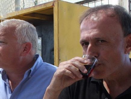 """הרמת כוסית בית&""""ר ירושלים (גיא בן זיו) (צילום: מערכת ONE)"""