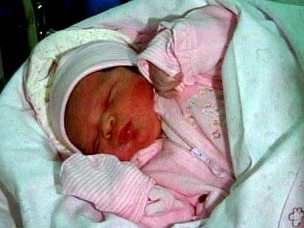 לתינוקת יש סבא בן 29. צילום ארכיון (צילום: חדשות 2)