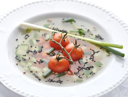 """מרק ירקות (צילום: קייטרינג """"ארץ גשן-אמנות קולינרית"""")"""