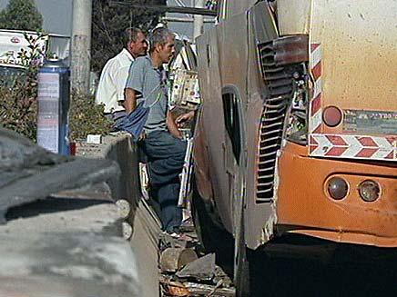 תאונת האוטובוס בכביש 5, הבוקר (צילום: חדשות 2)