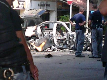 ניסיון התנקשות בהרצליה, רכב מפוצץ (צילום: עזרי עמרם, חדשות 2)
