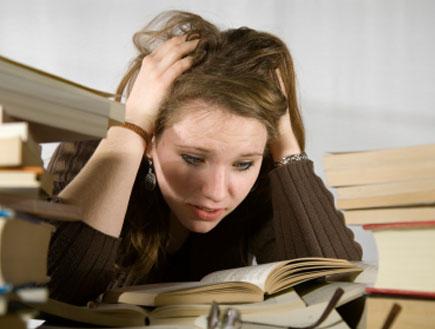 סטודנטית מתוסכלת (צילום: Udo Weber, Istock)
