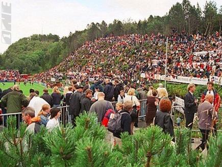 האצטדיון באלסונד. לא להאמין, אבל הוא שימש קבוצה מליגה ראשונה בנורב (צילום: מערכת ONE)