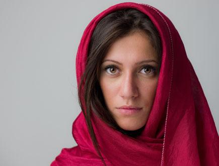 אישה עם רעלה