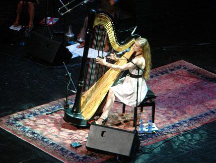 ג'ואנה ניוסום הופעה (צילום: ניר פלד)