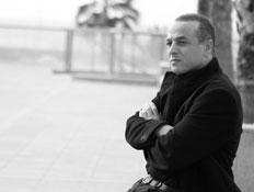 אורי פיינמן פרומו (צילום: רונן אקרמן)