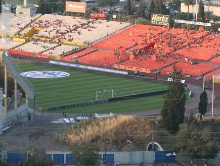 איצטדיון רמת גן. הזכויות לשילוט נמכרו בסכום רב (לי נוף) (צילום: מערכת ONE)