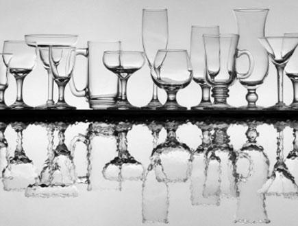 סוגים שונים של כוסות שתייה (צילום: luba, Istock)